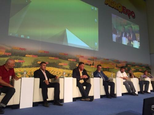 "ANATOLIY GIRSHFELD TOOK PART IN DISCUSSION ""DEVELOPMENT OF DOMESTIC ENGINEERING FOR THE NEWEST AGRO-TECHNOLOGIES"""