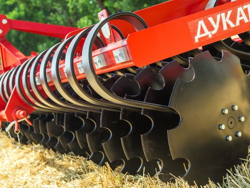 LOZOVA MACHINERY developed a new model of disc harrow