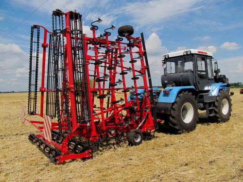 CHERVONETS SEEDBED CULTIVATOR
