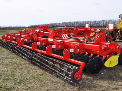 The novelty of the season - disc harrows DUCAT-9 are already in the fields